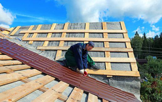 Confira os principais tipos de telhas metálicas e suas aplicações