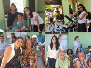 fotos de visitantes com idosos