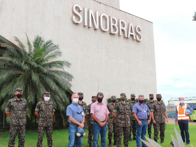 Visita do Exértico a SINOBRAS (1)