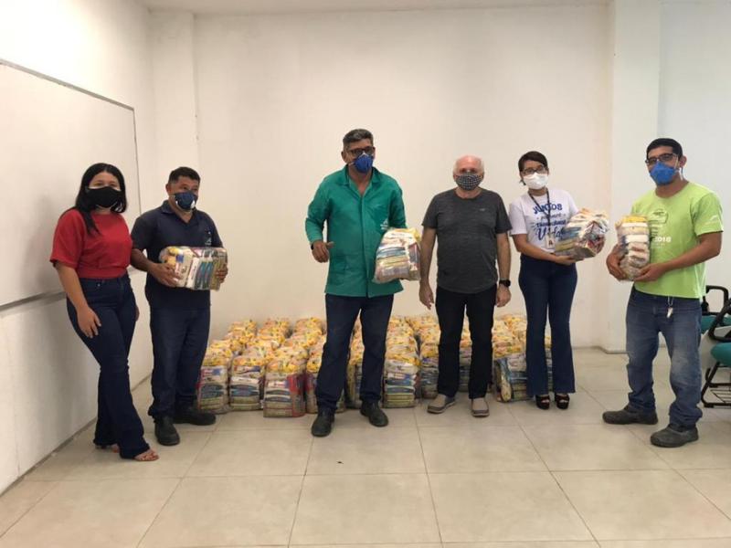 Instituto Aço Cearense doa 1200kg de alimentos para campanha Cesta Amiga